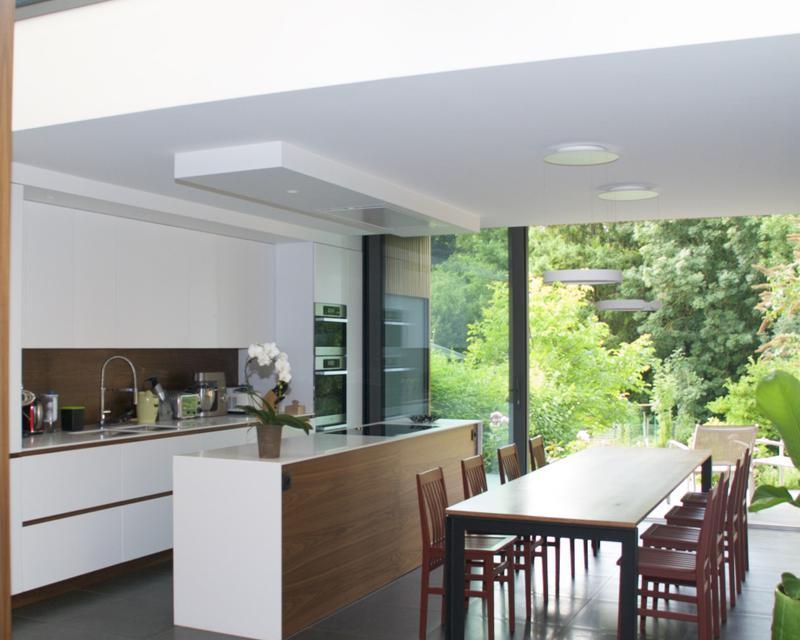 Cuisine salle à manger vers jardin