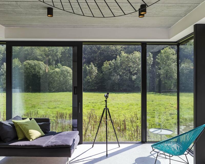 Vue intérieure séjour - photographe: Laurent Brandajs