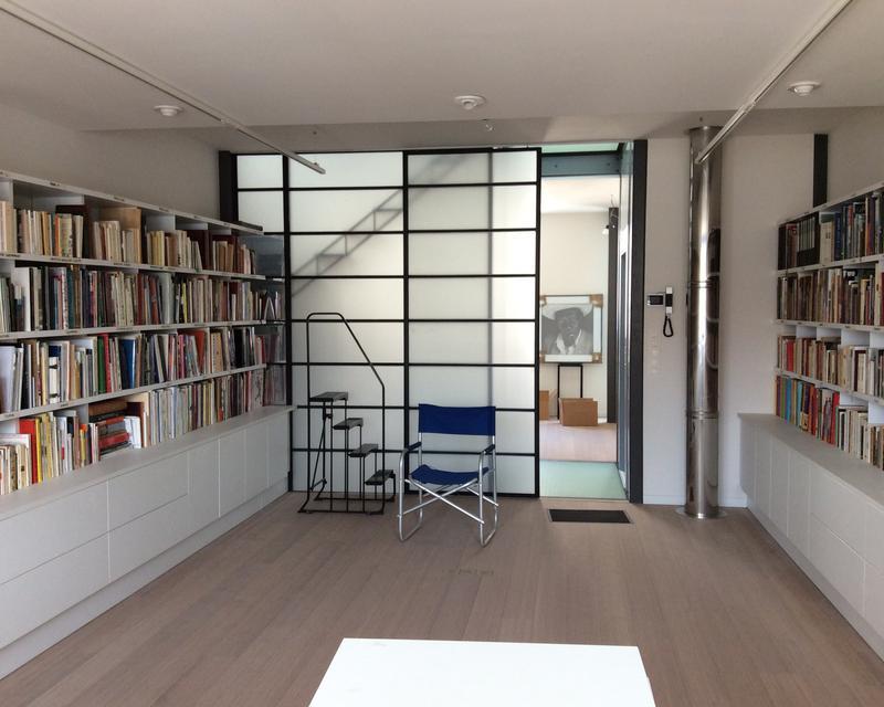 la maison husson uccle le week end maisons architectes. Black Bedroom Furniture Sets. Home Design Ideas